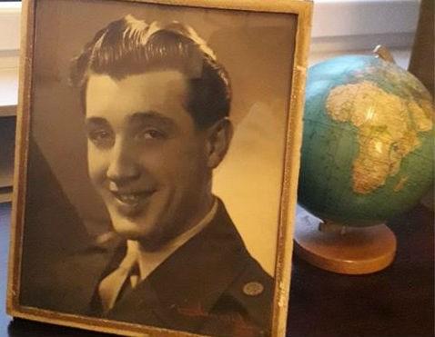 Dag knappe man: wie herkent 'Jean' op deze oude rommelmarktfoto?