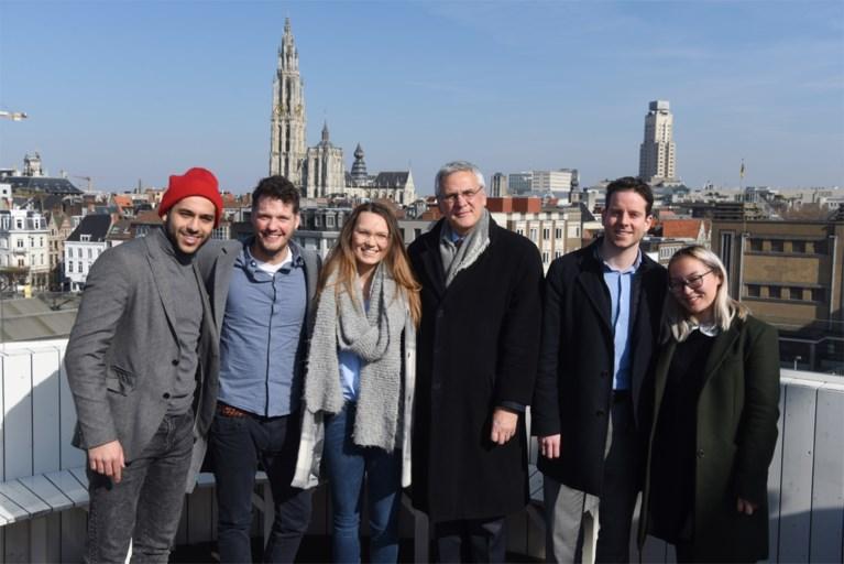 Kris Peeters bedankt voor zitje in Antwerpse gemeenteraad en laat CD&V verder gaan met jeugd