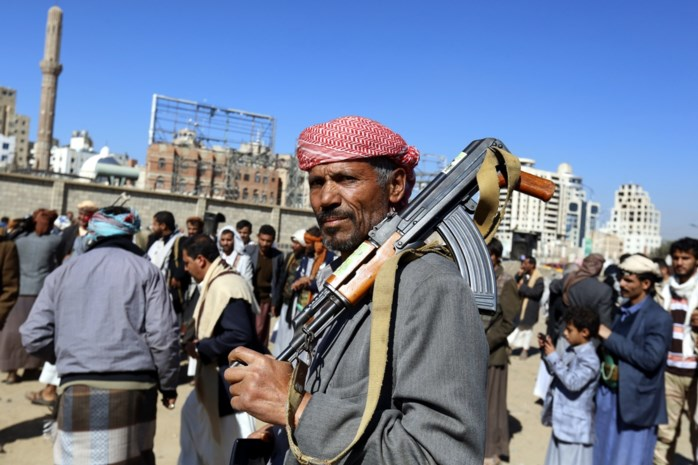 Rebellen beginnen aan terugtrekking uit Jemenitische havenstad