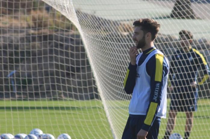 """Beerschot Wilrijk-verdediger Jan Van den Bergh heeft toptransfer te pakken: """"Nooit van durven dromen"""""""