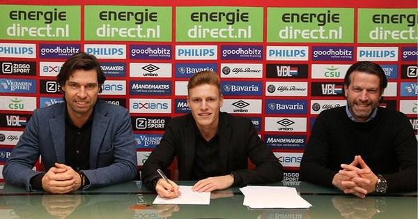18-jarige Belgische spits Yorbe Vertessen tekent nieuw contract bij PSV