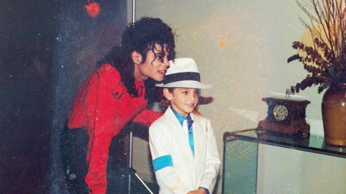 Twee weken nog tot première, maar documentaire met getuigenissen over misbruik door Michael Jackson nu al aangevallen