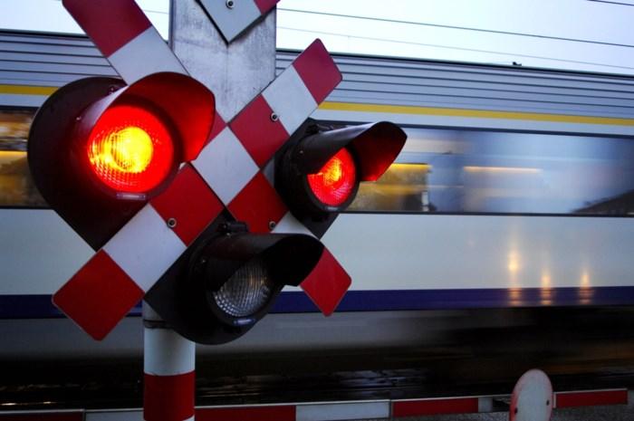 Treinverkeer tussen Antwerpen en Mechelen even onderbroken na aanrijding