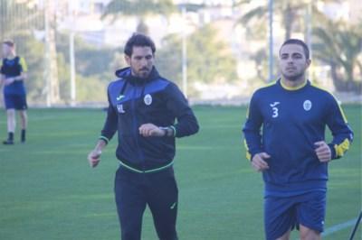 """Georgische aanwinst speelgerechtigd voor Beerschot Wilrijk: """"Gelukkig spreekt iedereen hier Engels"""""""