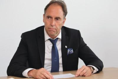 """Voorzitter Waasland-Beveren vol vertrouwen dat hij onschuldig is, maar: """"Wist niet van meldingsplicht"""""""