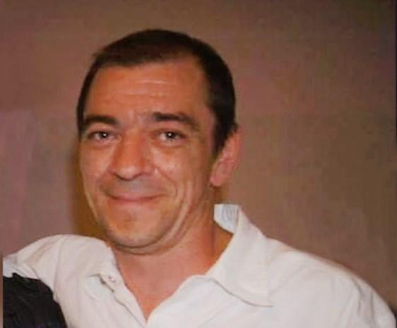 Vijftigtal mensen nemen afscheid van doodgereden 'geel hesje' in Luik
