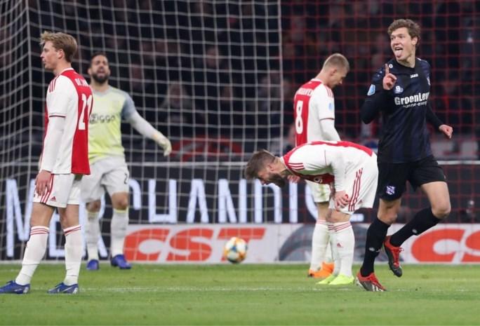 Wereld op z'n kop in Nederland: Ajax (in match met 8 goals) én PSV (dankzij oude bekende) kunnen niet winnen
