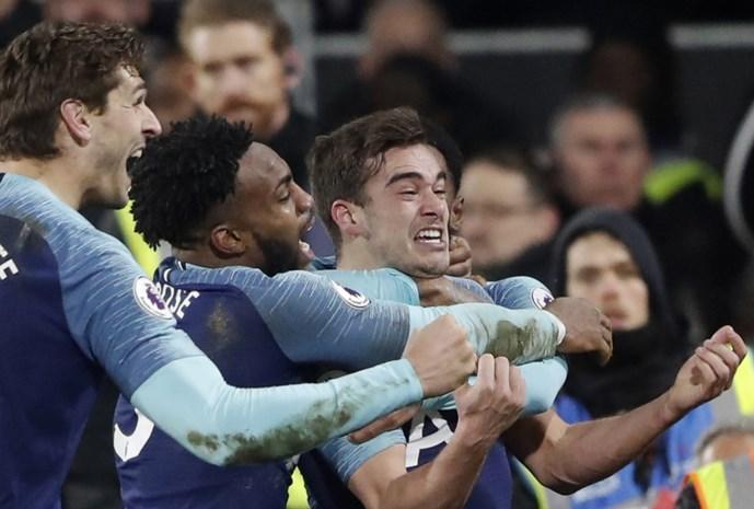 Tottenham pas in extremis voorbij Fulham, waar Mitrovic (ex-Anderlecht) zijn judokunsten toont