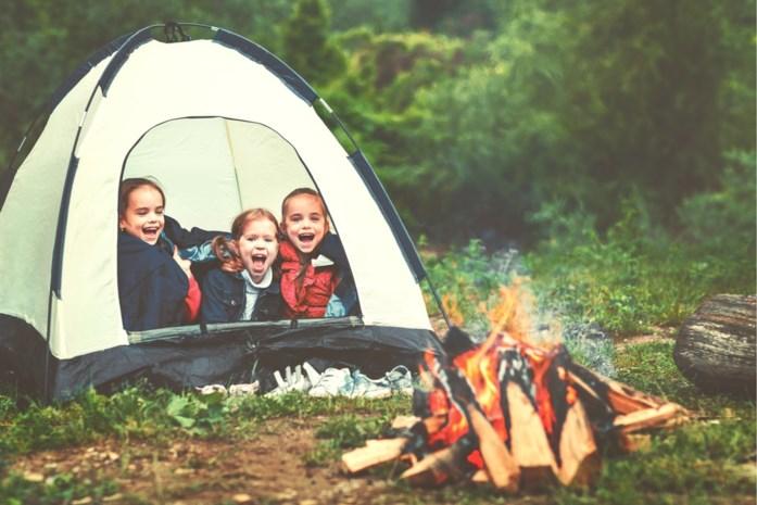 Nog op zoek naar een kamp voor de kinderen? Website bundelt laatste plekjes