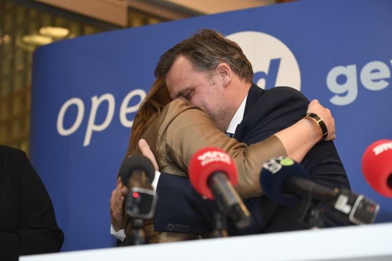 Philippe De Backer (Open Vld) weigert eerste plaats op Kamerlijst en stopt met politiek, Bart Somers trekt Vlaamse lijst