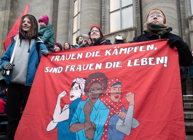 """België krijgt op Vrouwendag zijn eerste nationale vrouwenstaking: """"Als de vrouwen stoppen, stopt de wereld met draaien"""""""