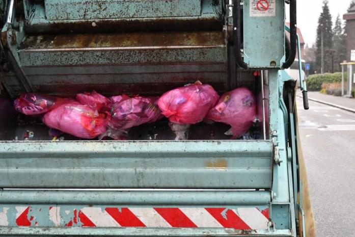 Stad behoudt vierwekelijkse ophaling van roze zak