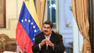 Maduro juridisch in het verweer nadat VS sancties aankondigen tegen Venezolaans oliebedrijf