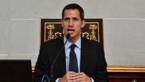 Venezolaans gerecht verbiedt zelfverklaarde president Guaidó om land te verlaten