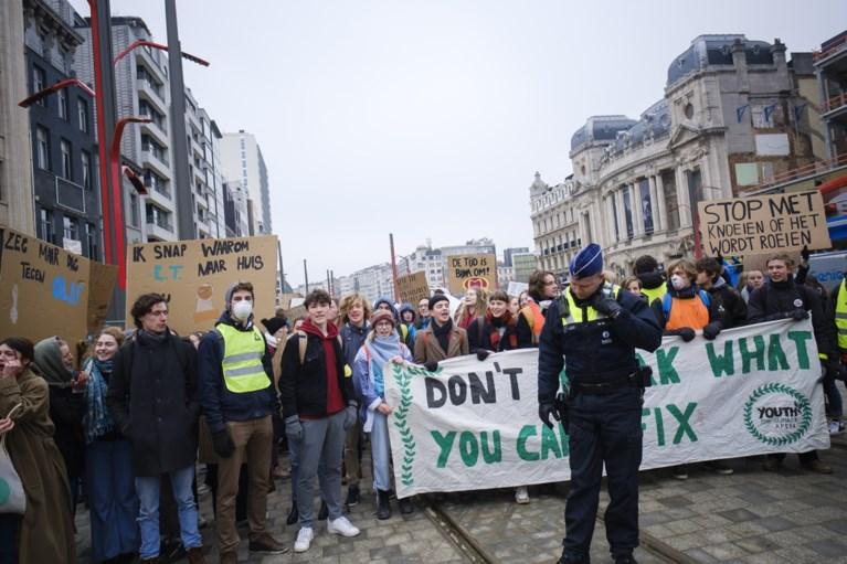 30.850 jongeren komen in verschillende Belgische steden op straat voor het klimaat, 350 scholieren voeren actie in Antwerpen