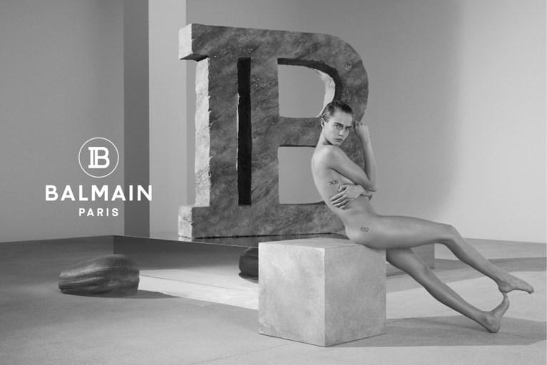 Topmodel Cara Delevingne gaat uit de kleren voor Balmain