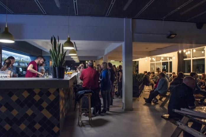 De plakplek van de week: Trix Café