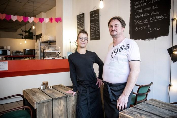 Nieuw koffiehuis op Klapdorp: Jimmy en Paul brengen recepten van de moemoe bij Joyable