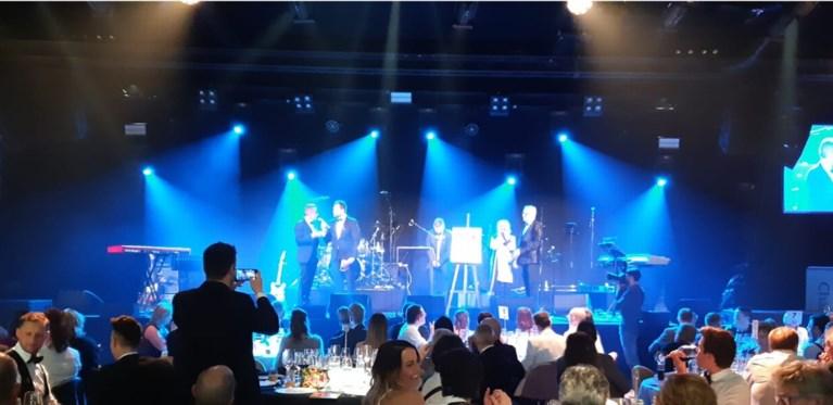 Mondharmonica van Toots Thielemans levert 23.000 euro op voor het goede doel