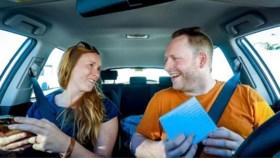 Waarom doet 'Blind Getrouwd'-Lenny zijn trouwring uit op huwelijksreis?