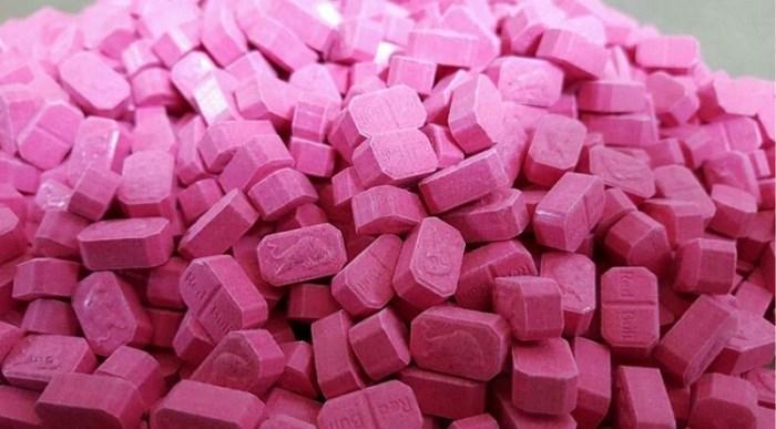 Twintiger gevat met 726 xtc-pillen tijdens actie in stationsbuurt