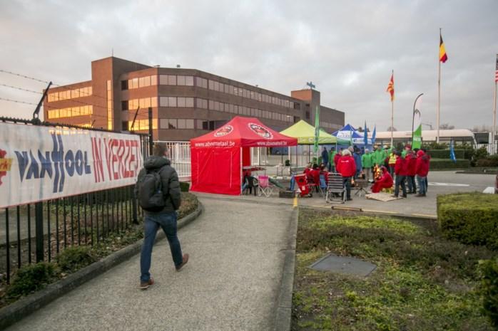 Nog geen witte rook: waarom de arbeiders van Van Hool blijven staken