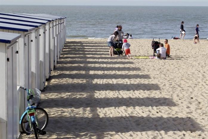 Antwerpse toerist sterft tijdens strandwandeling in Knokke