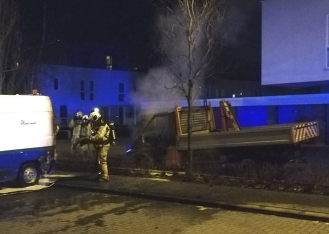 """Twee bestelwagens in brand gestoken in Mechelse Mahatma Gandhiwijk: """"Het wordt hier steeds erger, we zijn het kotsbeu"""""""