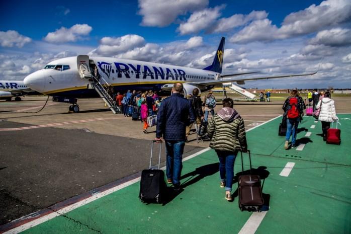 Ryanair krijgt boete voor beperken handbagage