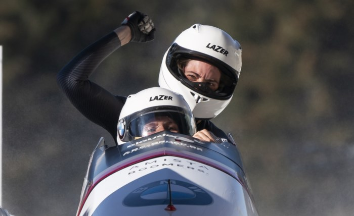 An Vannieuwenhuyse en Sara Aerts finishen als achtste op WB bobslee in Whistler