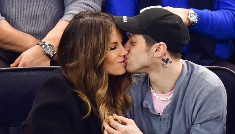 Ex-verloofde Ariana Grande strikt Kate Beckinsale