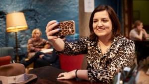 """Leonie (25) doorbreekt een taboe, en heel Vlaanderen mag het weten: """"Ja, ik ben nog maagd"""""""