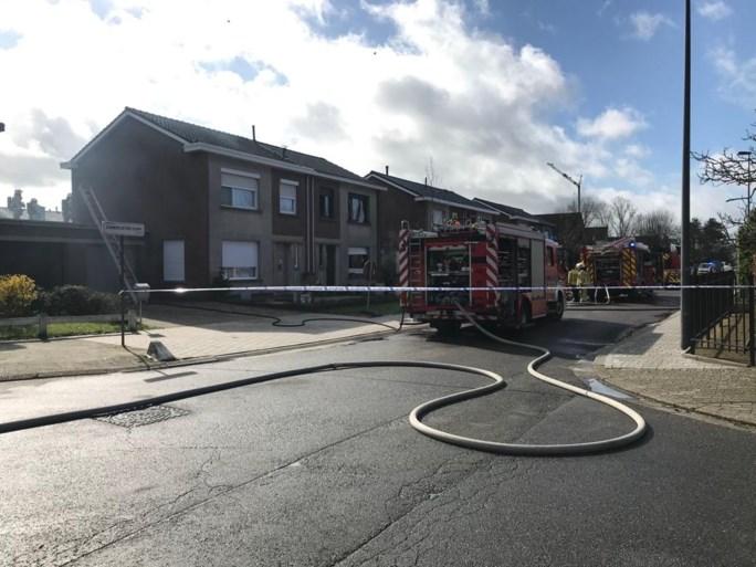 Vier gewonden bij hevige woningbrand in Zandvliet