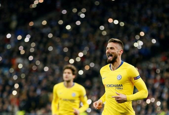 EUROPA LEAGUE. Giroud imiteert Ronaldo bij dollend Chelsea, Mertens verliest maar mag naar kwartfinales, Valencia bibbert