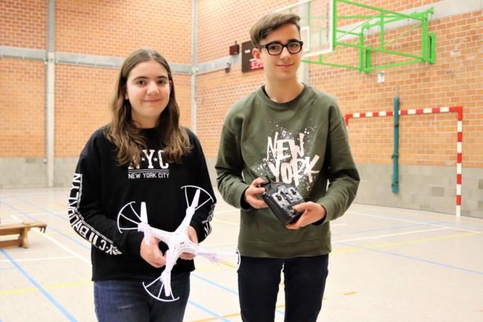 """Leerlingen bouwen hun eigen drone: """"Ik schrok van de strenge wetgeving"""""""