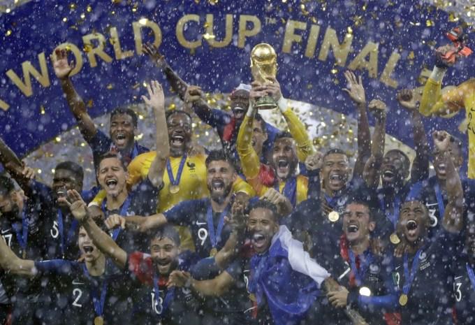 FIFA zet plannen voor 48 landen op WK 2022 door, beslissing valt in juni