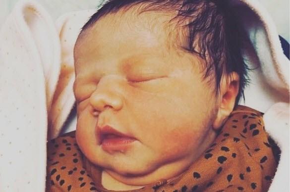 """Sofie Van Moll bevallen van dochtertje: """"Klaar voor al het geluk op de wereld"""""""