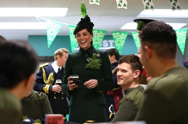 Kate Middleton blijkt wel een biertje te lusten