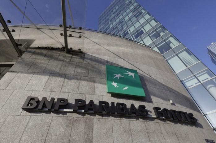 Klimaatactivisten blokkeren gebouw BNP Paribas Fortis