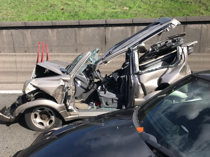 Geknelde bij zwaar ongeval aan Kennedytunnel