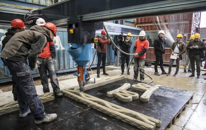 Studenten bouwen mee aan eerste 3D-geprinte woning met twee verdiepingen in de wereld