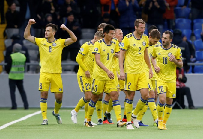 Dat begint goed voor de Rode Duivels: concurrent Schotland al meteen sensationeel onderuit bij Kazachstan