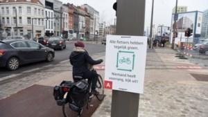 Wegcode aangepast in voordeel van fietsers: rechtsaf door rood wordt mogelijk en auto's moeten meer afstand houden