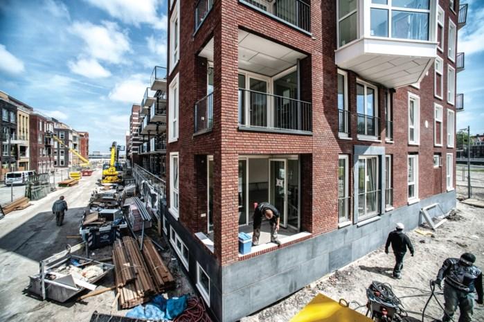 """Nieuwbouwhuis kopen in Amsterdam kan alleen als je er gaat wonen: """"Beleggers drijven prijzen op"""""""