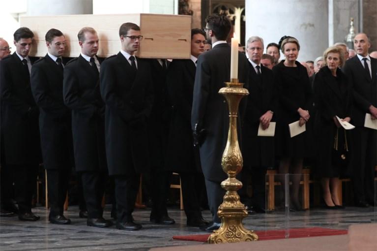 Koninklijke familie betuigt laatste eer aan kardinaal Godfried Danneels