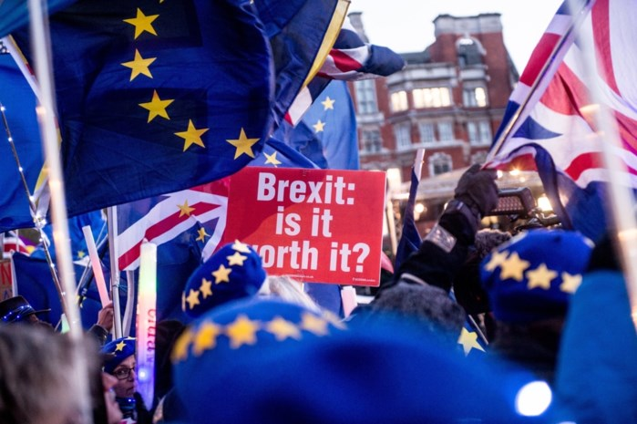 Online petitie tegen Brexit bereikt kaap van drie miljoen