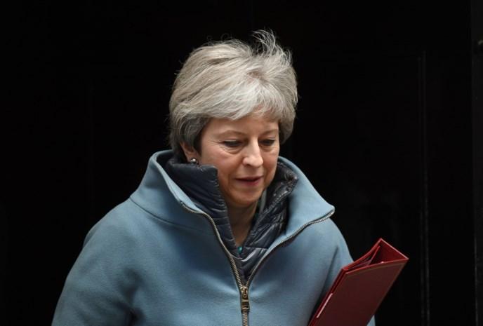"""May: """"Niet genoeg steun voor nieuwe stemming over Brexit"""""""