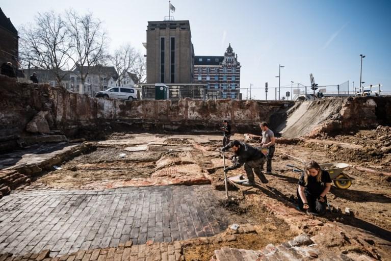 Archeologen vinden Gallo-Romeinse sporen onder het Steen en aan het Loodswezen