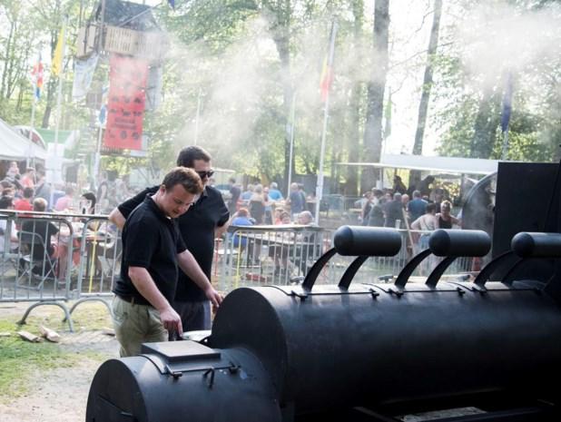 Jonge cateraars trekken de grens over met uniek barbecueconcept op festivals