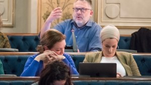 """Gemeenteraad keurt definitieve RUP Slachthuissite goed, maar Groen en PVDA blijven zich verzetten: """"Als u niet luistert, blijven we herhalen"""""""